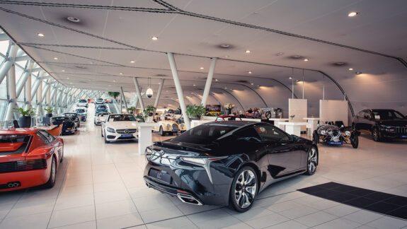 Lexus_Louwman_Exclusive_Merkpagina_Foto2